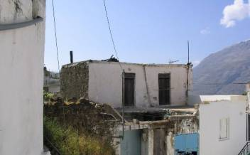 picture of snm95 Double storey stone village house in need of renovation in Melambes